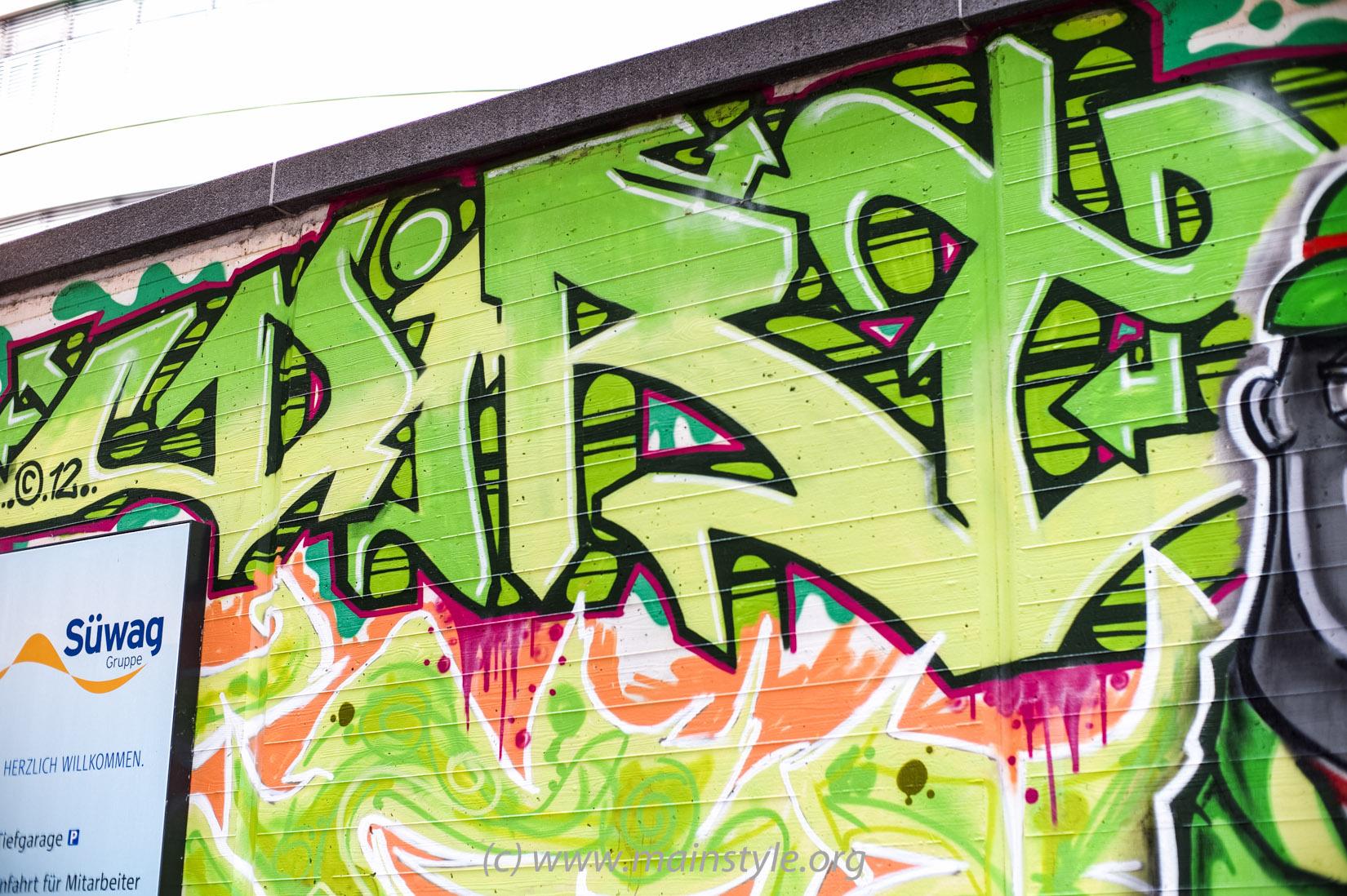 Frankfurt-Höchst_Graffiti_Süwag-Wall_2012 (17 von 35)