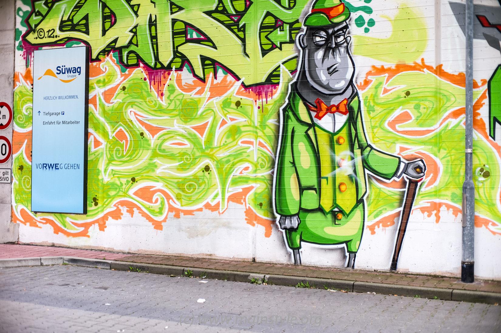 Frankfurt-Höchst_Graffiti_Süwag-Wall_2012 (18 von 35)