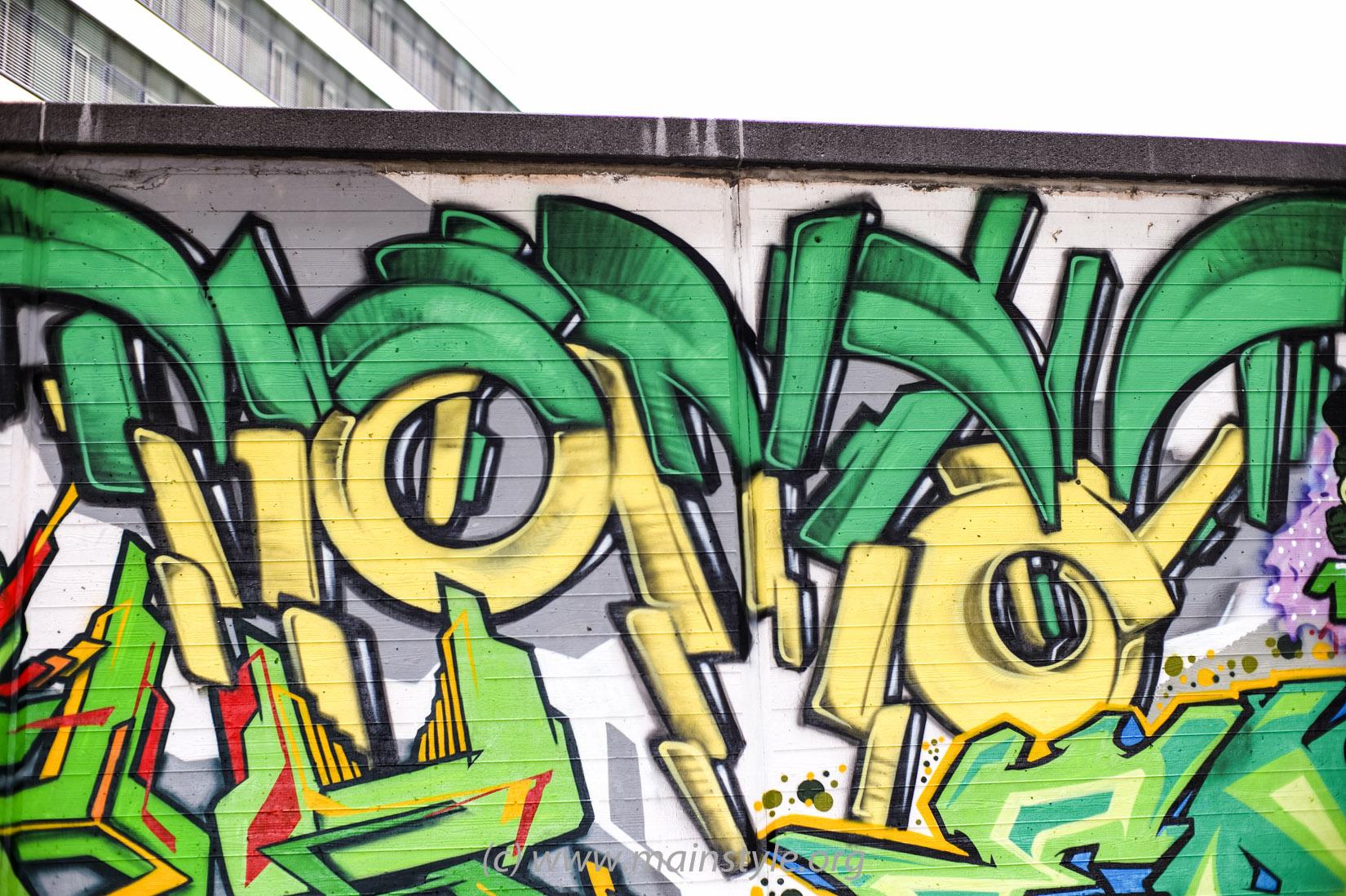 Frankfurt-Höchst_Graffiti_Süwag-Wall_2012 (20 von 35)