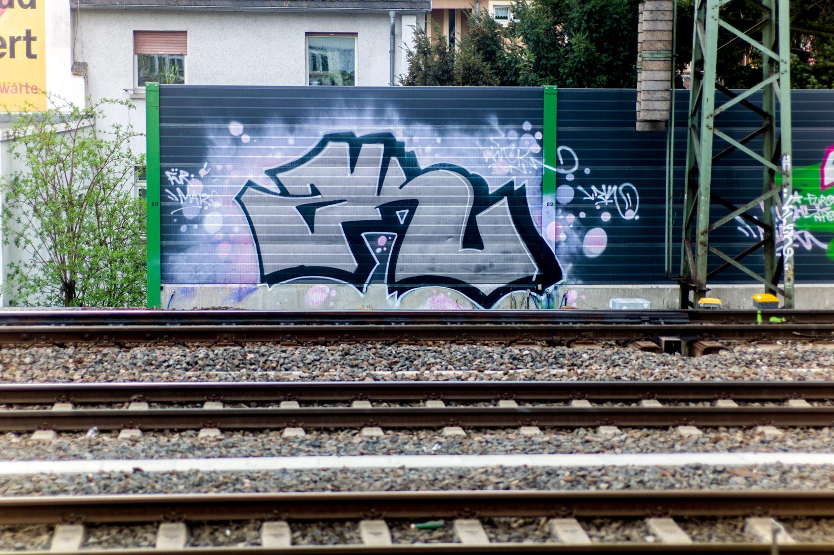 Frankfurt_Graffiti_Gallus Warte_2014-03 (20 von 45)