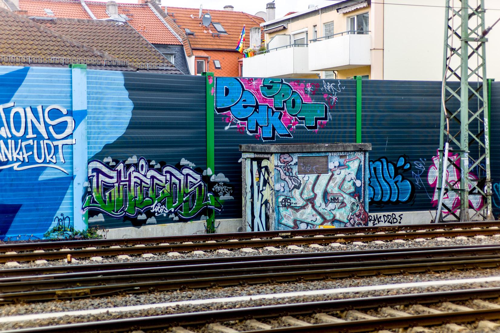 Frankfurt_Graffiti_Gallus Warte_2014-03 (32 von 45)