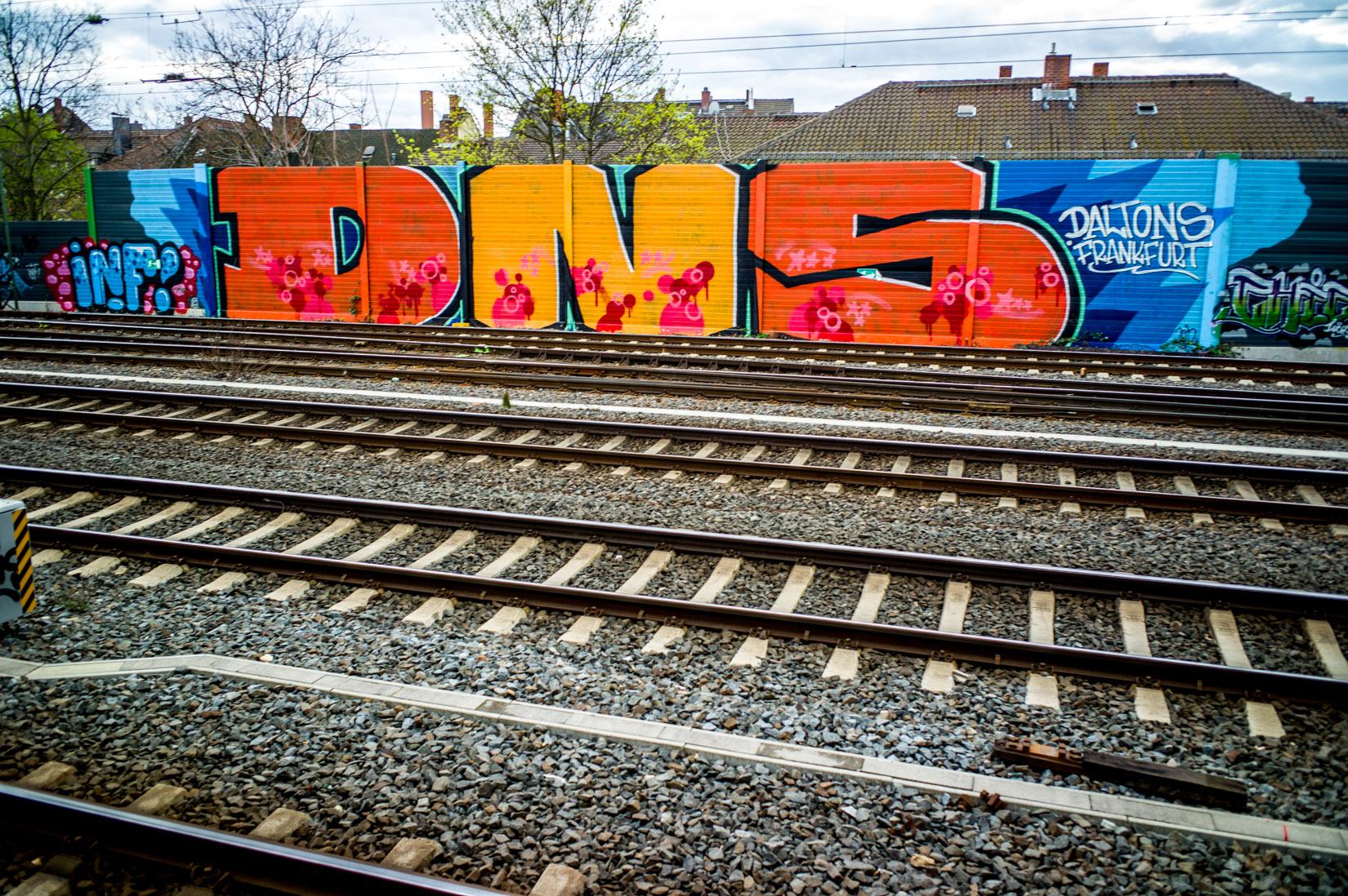 Frankfurt_Graffiti_Gallus Warte_2014-03 (34 von 45)