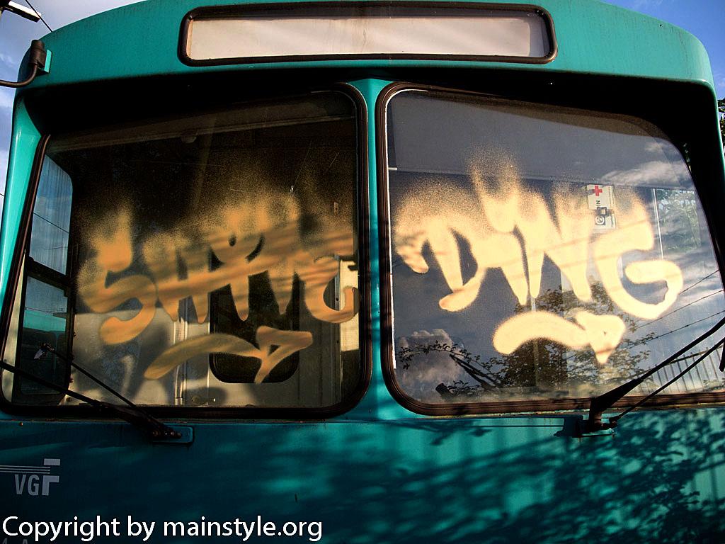 Frankfurt_Graffiti_U-Bahn_Straßenbahn_2010-2013-1233