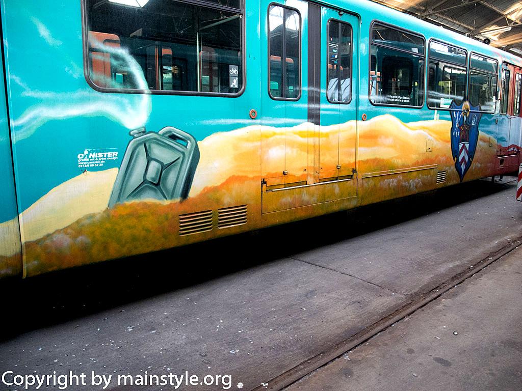 Frankfurt_Graffiti_U-Bahn_Straßenbahn_2010-2013-1254