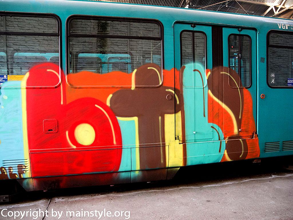 Frankfurt_Graffiti_U-Bahn_Straßenbahn_2010-2013-BTL (2)