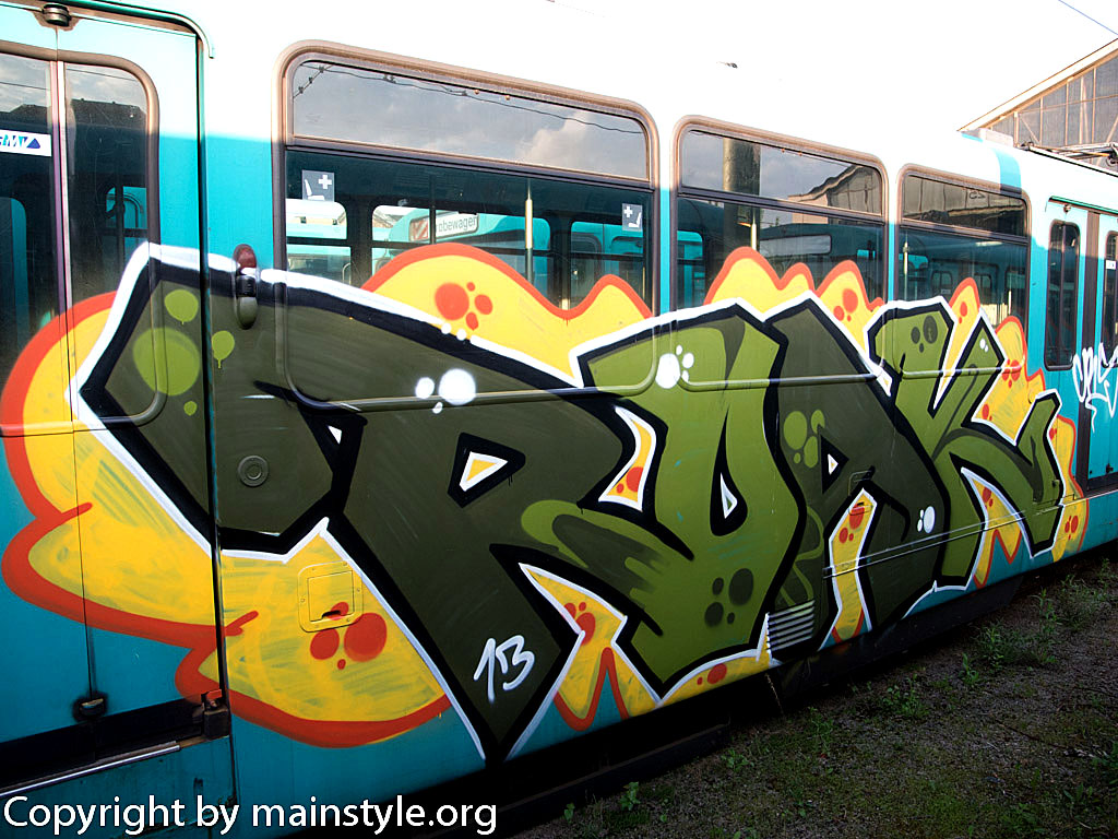 Frankfurt_Graffiti_U-Bahn_Straßenbahn_2010-2013-maybe_ROAK