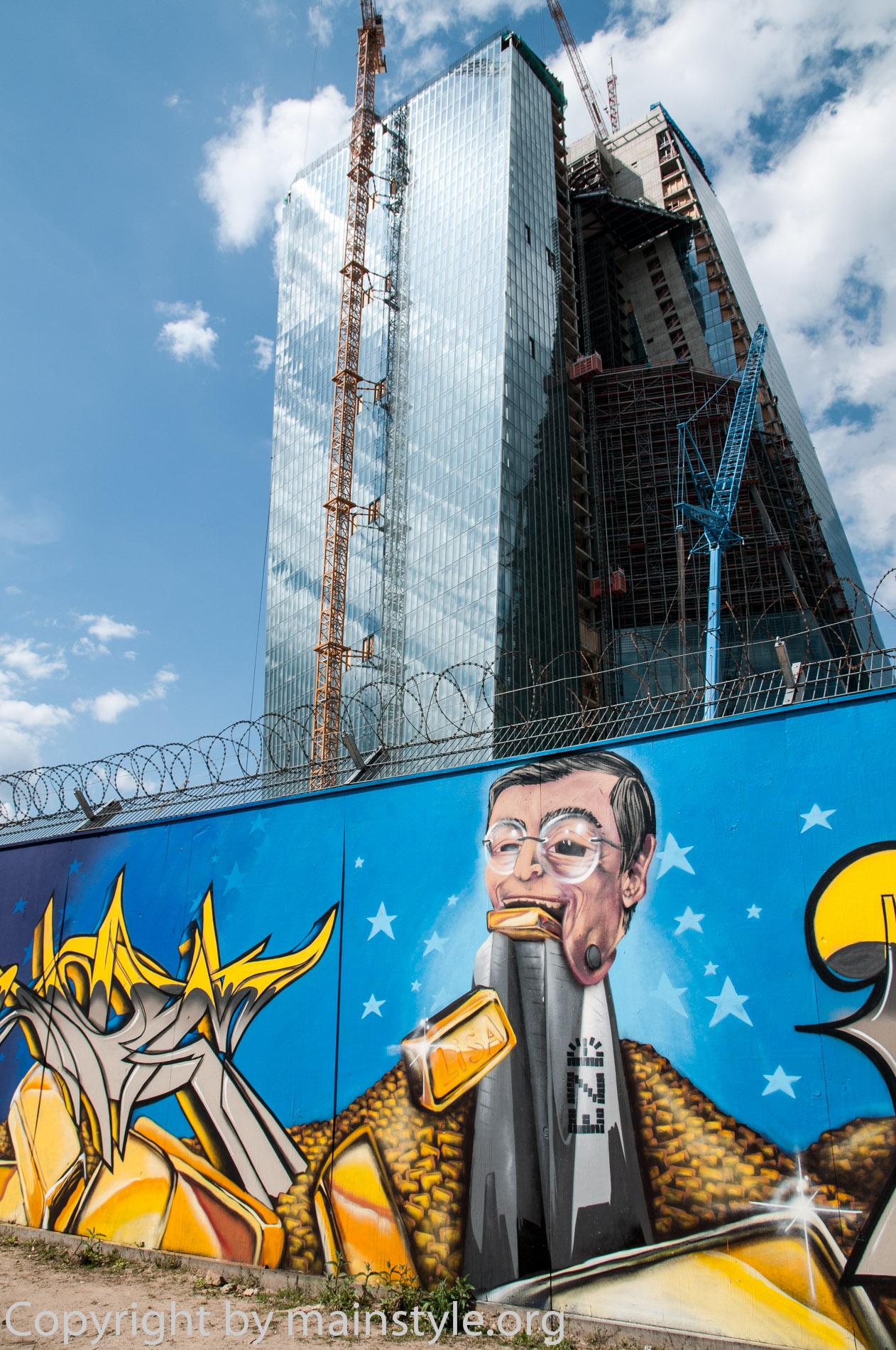 Frankfurt_Nacht_der_Museen_Graffiti_EZB_2013_Part3-6480