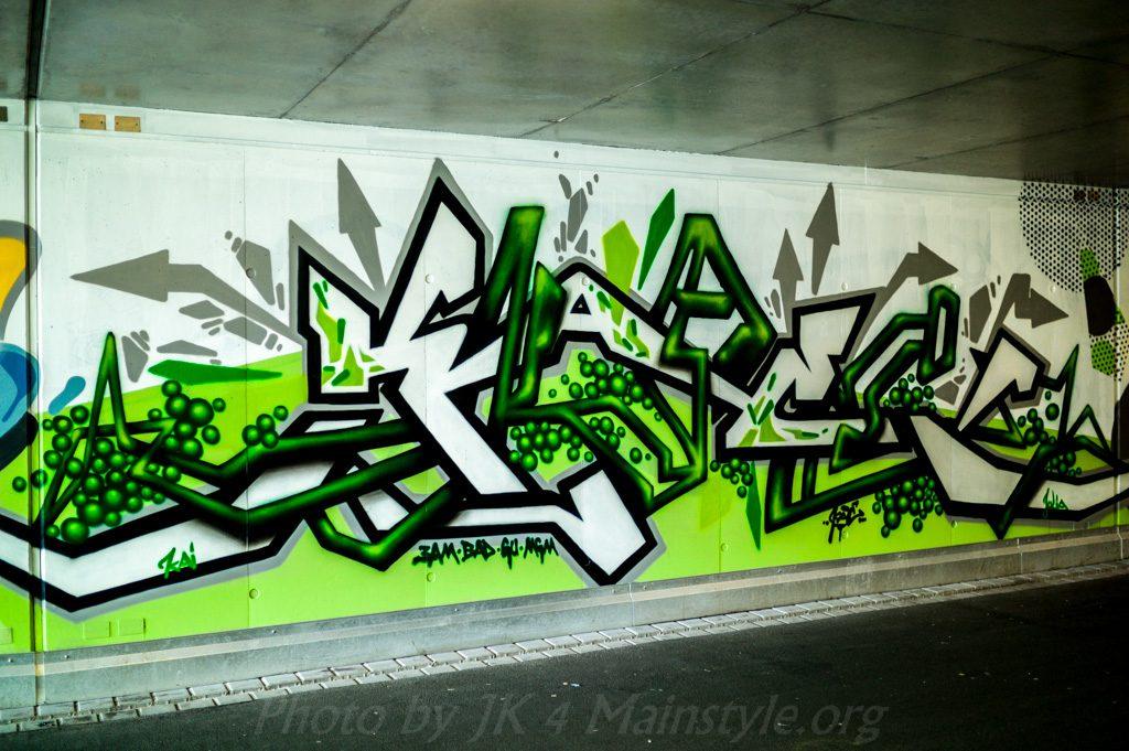 Lack & Lines Graffiti